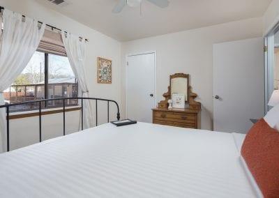 10 Bed2 400x284