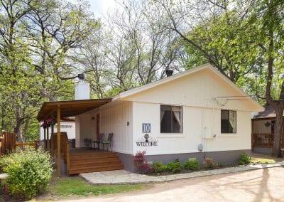 Cottage 10 Exterior 400x284