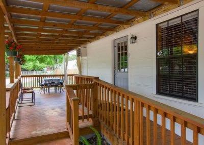 Cottage 12 Front Deck 400x284