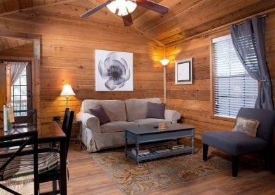 Cottage 12 Livingroom 400x284