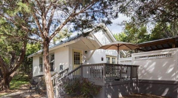 Cottage 2 Exterior 1 1170x475 597x330 1