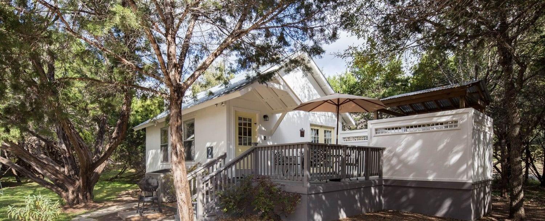 Cottage 2 Exterior 1 1500x609 1