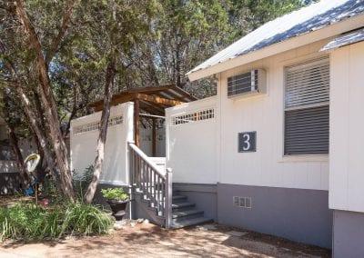 Cottage 3 Exterior 400x284