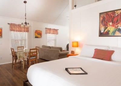 Cottage 3 Bedroom Diningroom 400x284