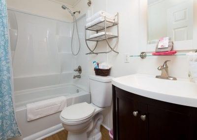 Cottage 4 Bath 400x284