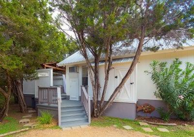Cottage 4 Exterior 400x284