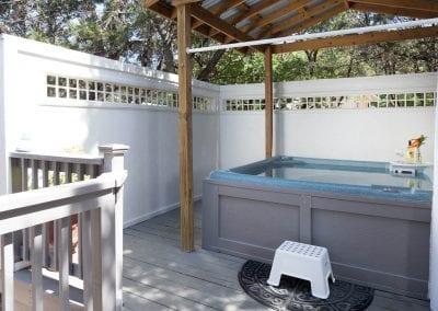 Cottage 7 Hot Tub 400x284