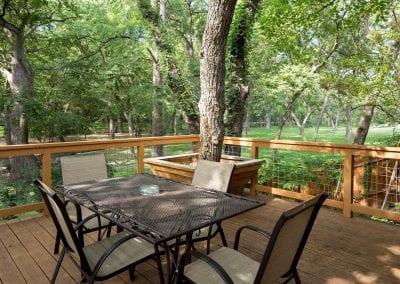 Cottage 9 Deck Area 400x284