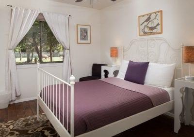 Cottage 9 Guest Bedroom 400x284