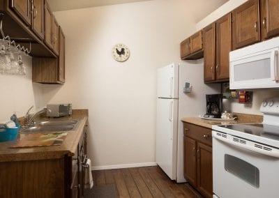 Cottage 9 Kitchen 400x284